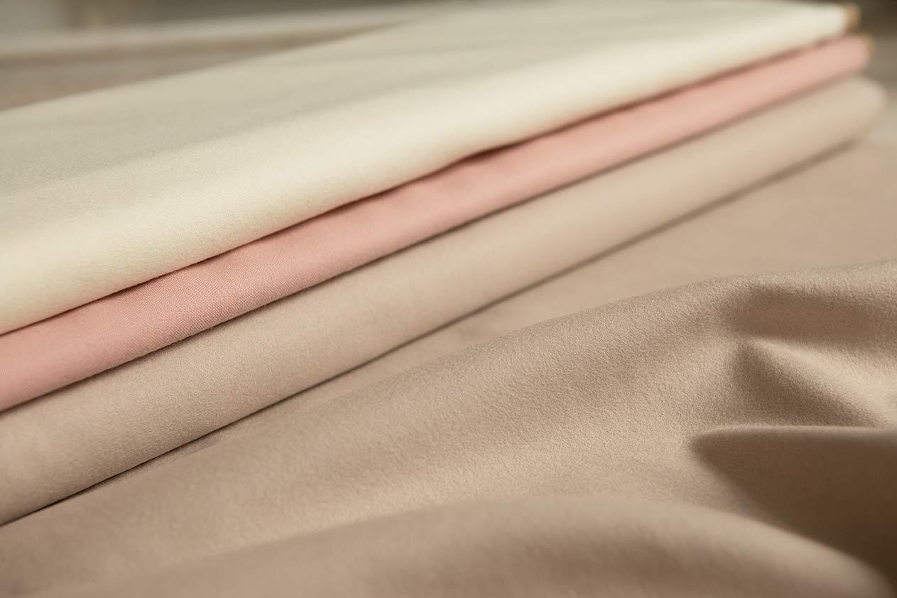 VALDONE Au - British wool fabrics - cream, blush pink and beige used in the Deliciae Florae colleciton